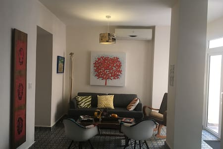 Casco Viejo nice & quiet 2 bedroom & 2 toilet flat - Casco Viejo - Lejlighed