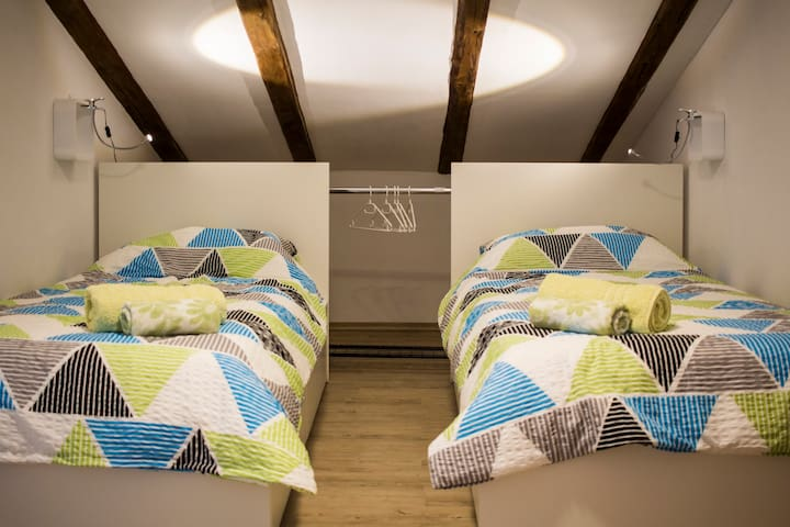 Quiet 2 single beds w/ kitchenette, Vipava Valley
