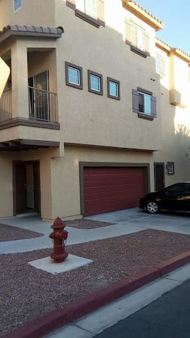 Private townhome - North Las Vegas - Complexo de Casas