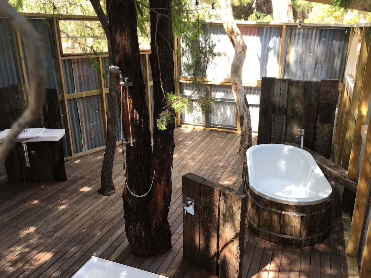 Australia's Coolest Outdoor Bathroom - Soak under the Stars and Shower Surrounded by Trees and Nature