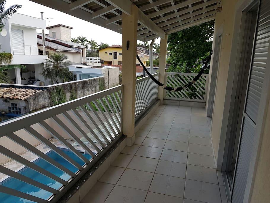 Uma varanda para relaxar.