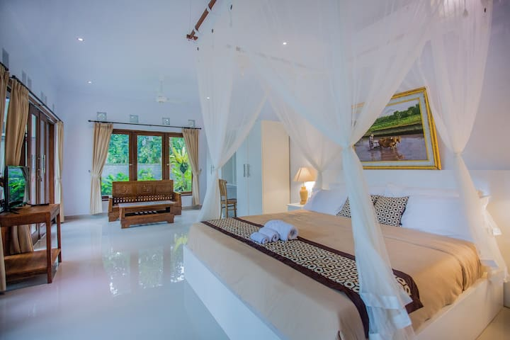 Umah San Villas Deluxe Double King with Pool View