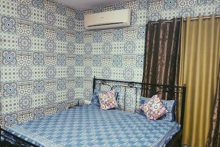 Neetu's Home Stay-semi deluxe room
