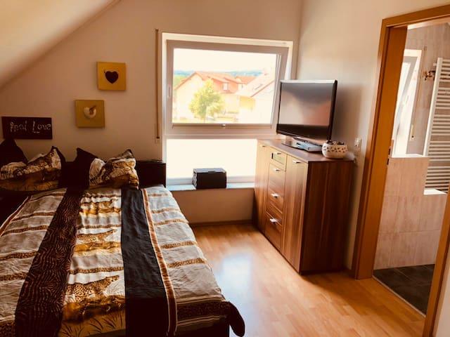 Traum-Zimmer mit eigenem Luxusbad in Mauer