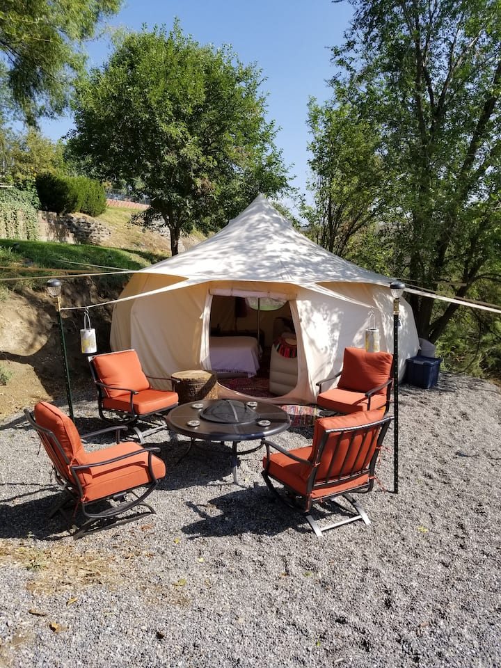 Glamping at Blossom House, PUMPKIN SPICE YURT