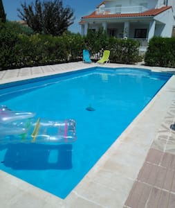 Apartment in house with pool - El Viso de San Juan - Apartment