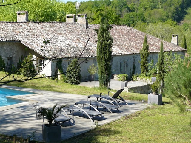 Charming house located  dordogne - Lamothe-Montravel - Dom