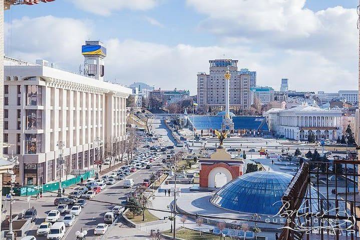 Comfortable & Stylish Top View Studio  on Maidan