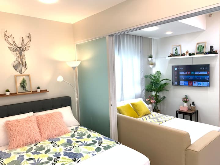 1BR Frances Home in Ortigas w/ Android TV& Netflix