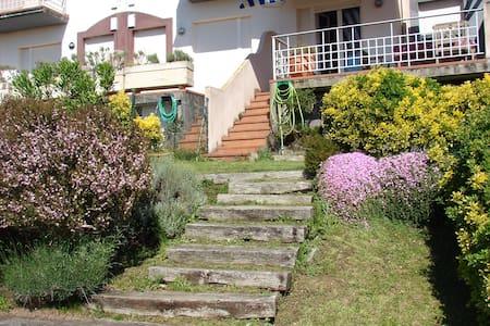 Apartamento con jardín vistas mar - Mogro