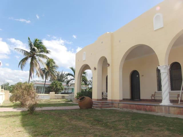 Hostal Los Arcos 1st Room - Cienfuegos - Ev