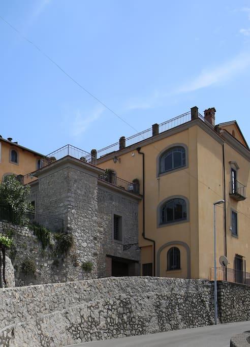 Strada principale (from the main street)