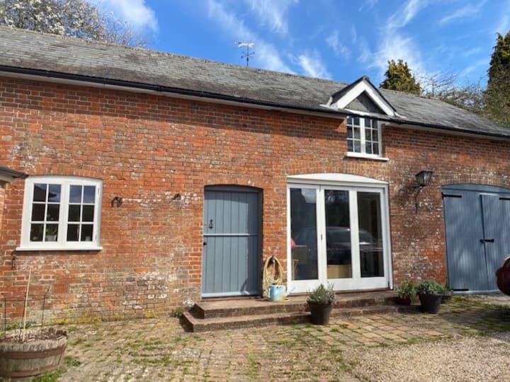 18thcentury Coach House,Gussage All Saints, Dorset