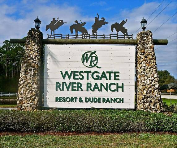 WEST GATE RIVER RANCH LIVE RODEO FAMILY FUN $105 - River Ranch - Wohnung