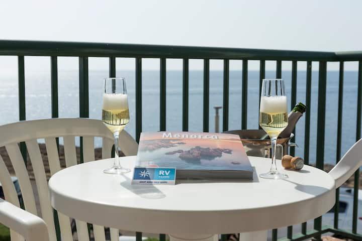 Apartamento 1 dormitorio vista mar frontal - Desayuno incluido (2 PAX)