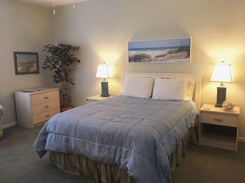 Private Guest Suite in Leland, North Carolina