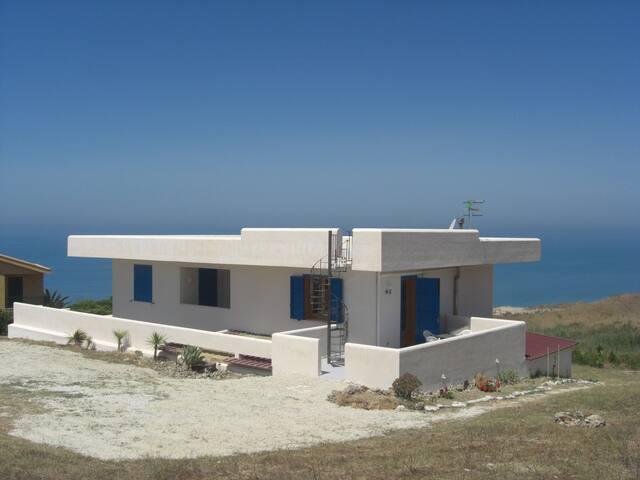Appartamento in villa Piana Grande Ribera