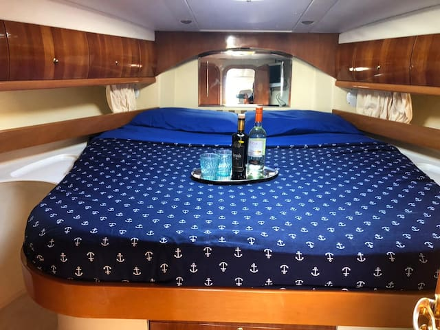 ECLISSIA YATCH B&B