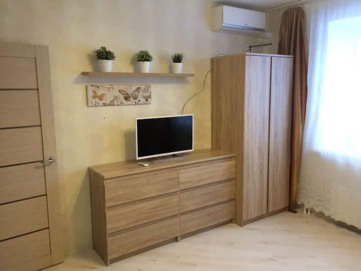 Apartments Prosvescheniya 13/1