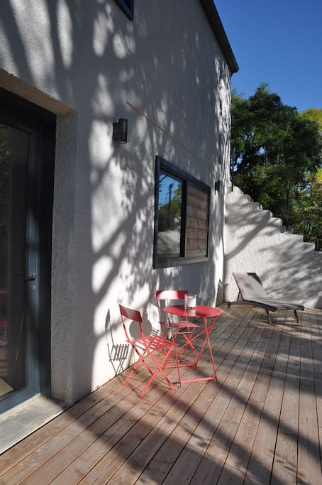 studio cosy dans un parc deux pas de toulouse appartements louer vieille toulouse. Black Bedroom Furniture Sets. Home Design Ideas