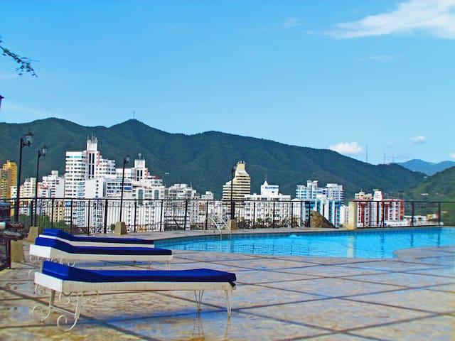 Duplex Peñon, balcón y hermosa vista al mar 723