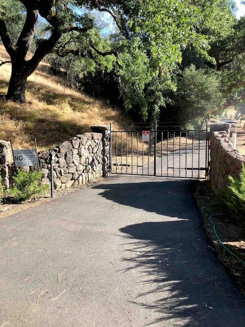 Dream private Farm Stay in Chiles Valley, Napa