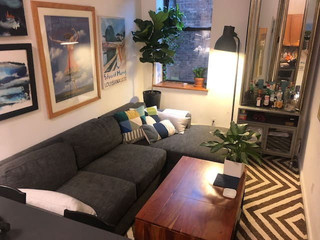 We are happy to share our small, but comfy living room.