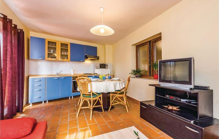 Holiday apartment with 2 bedrooms on 60m² in Novi Vinodolski