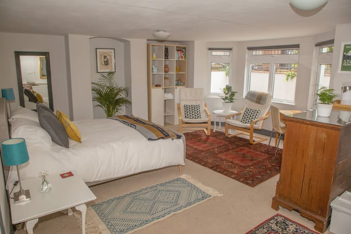 Large double with private entrance on quiet street