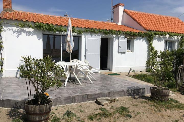 Maison ⭐⭐⭐+ jardin, à 50m du port de l'Herbaudière