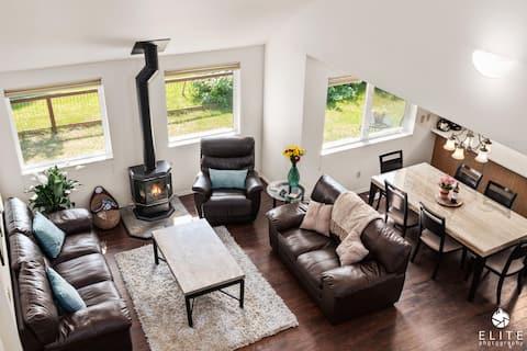 ✶Lavish 5✰ modern villa BEST location in DOWNTOWN✶