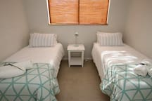 This room can accommodate 2 guests