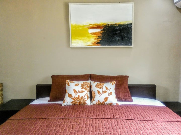 Cozy & Comfy Unit in the Heart of Victoria Island