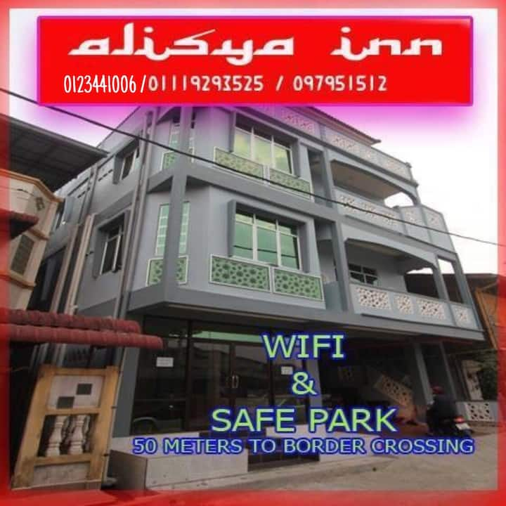 FamilyRoom Near to Shopping Place Rantau Panjang