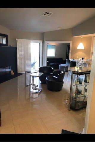 Cozy 1BdRoom Apartment near Las Vegas strip