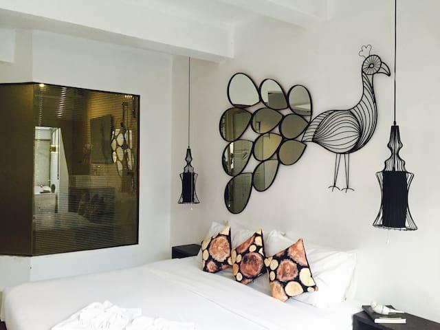 Suite room with outdoor Jacuzzi
