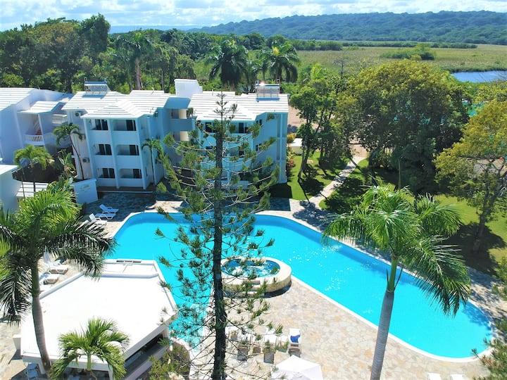 King room with Mountain view, Tropical Casa Laguna