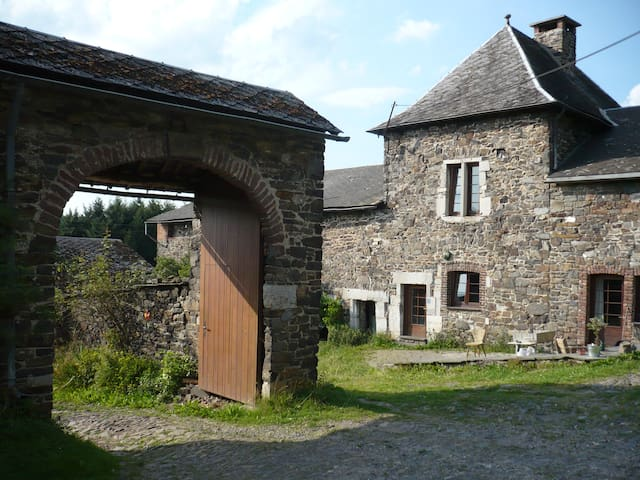 Little cottage, view on the valley - Stavelot - Departamento