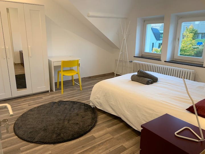 65. 2.2 New Bedroom in Luxembourg-City (Belair)