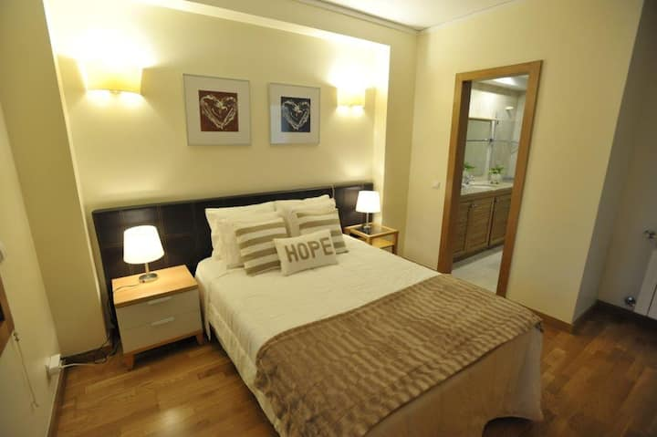 Crystal Gardens Apartment - very cosy!