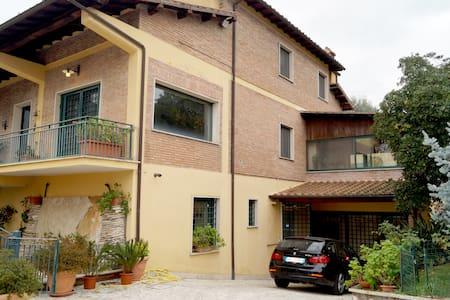 Vacanze Castelli Romani - Huvila