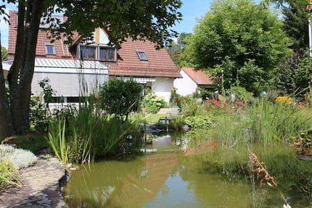 Fränkische Schweiz: Schöne große 3-Zimmer-Wohnung - Unterleinleiter - Pis