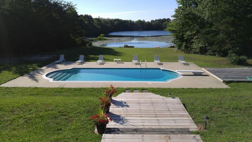 Georgian Colonial 6 lake and pool