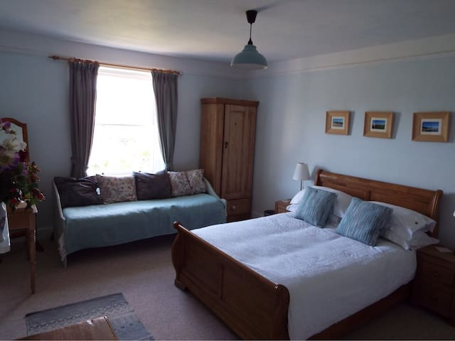 Spacious room with a View  near Lyme Regis