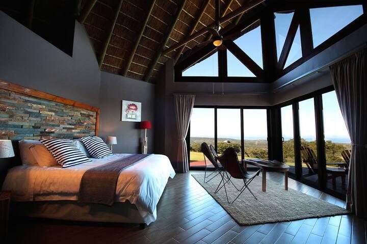 Stone Luxury Suite