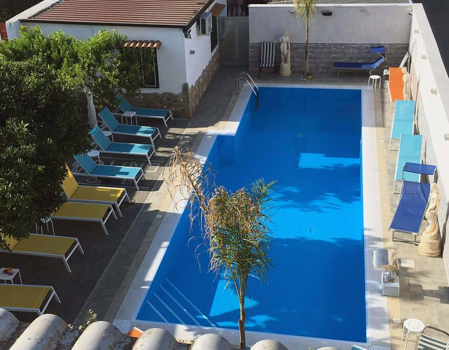 Apartment with Vesuvio view terrace and pool - Serviced apartments ...
