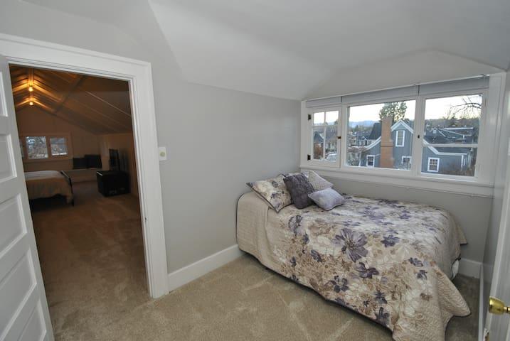 Bonus room with full sized bed