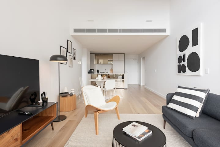 Designer apartment located in Darling Harbour