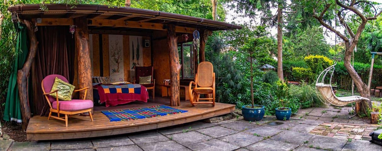 Secret Garden retreat sleep 2-4 + Families welcome