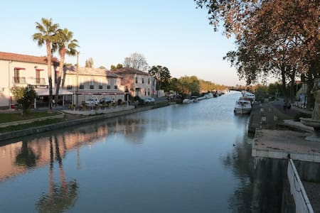 Village apartment on the Canal du Midi - south of france
